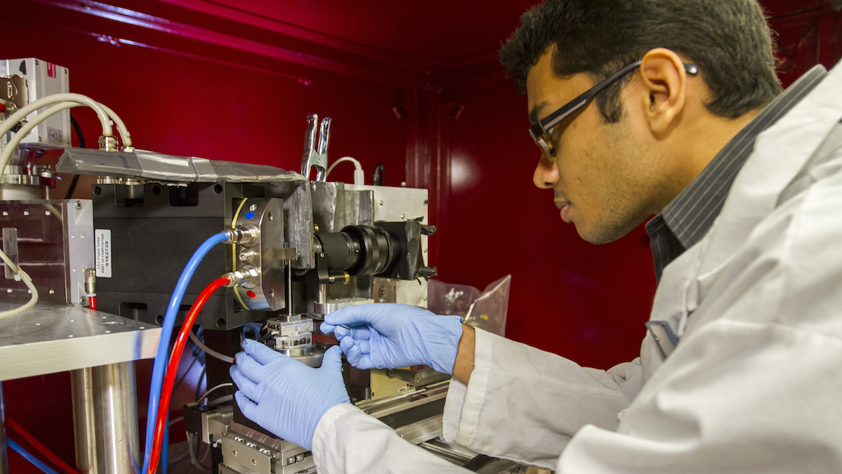 Shashank Kaira works in the lab doing research which led to him earning the prestigious Acta Student Award